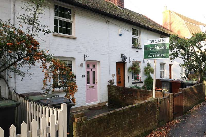 2 Bedrooms Terraced House for sale in London Road, Hildenborough, Tonbridge