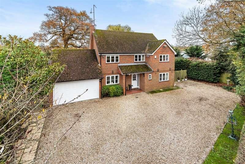 4 Bedrooms Detached House for sale in Watmore Lane, Winnersh, Berkshire, RG41 5LG