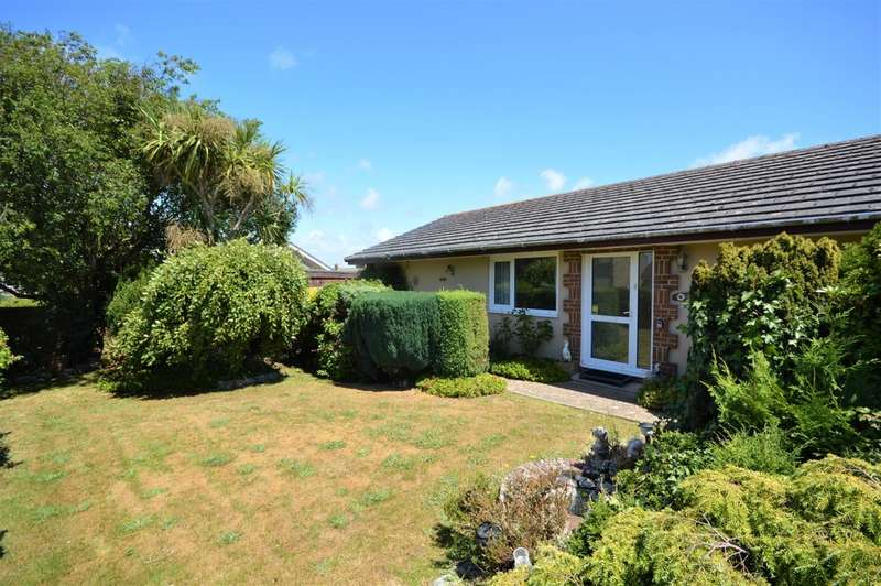 3 Bedrooms Detached Bungalow for sale in Godshill, Isle Of Wight