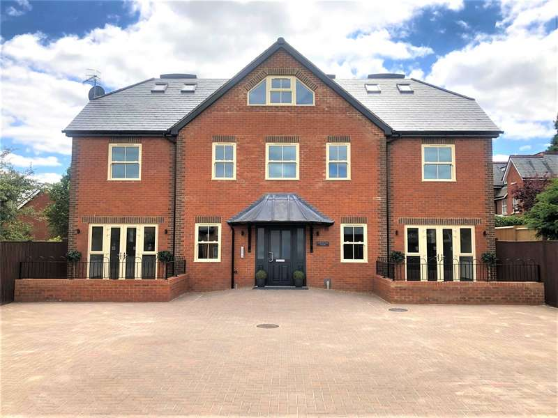 2 Bedrooms Flat for rent in Hurlingham House, Quebec Road, Henley-on-Thames, Oxfordshire, RG9