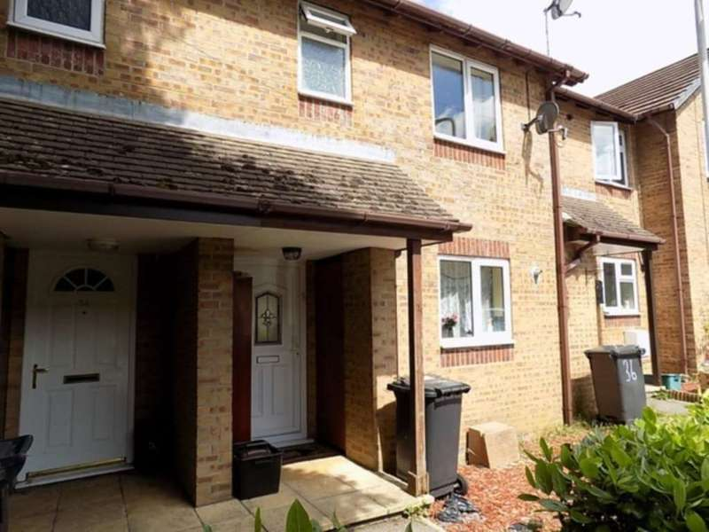 2 Bedrooms House for rent in Old Station Court, Chard