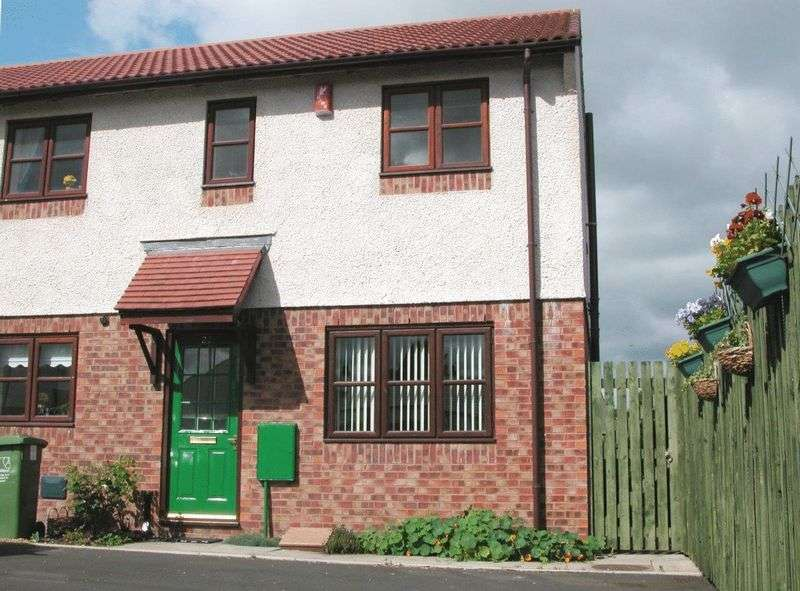 3 Bedrooms Property for rent in Shankly Road, Carlisle