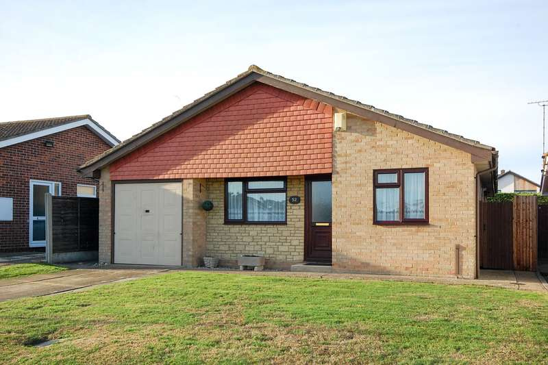 3 Bedrooms Detached Bungalow for sale in Lawrence Gardens, Herne Bay