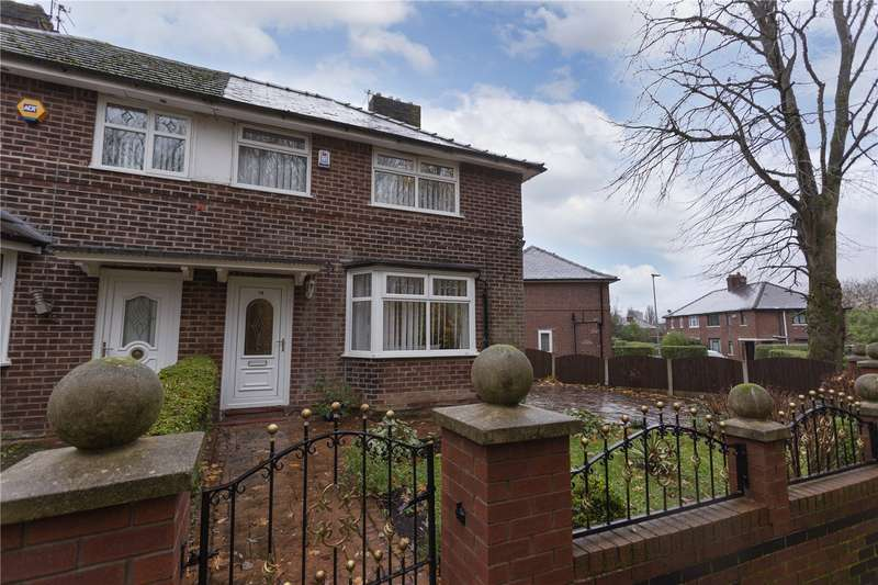 3 Bedrooms Semi Detached House for sale in Rimmington Close, Blackley, Manchester, M9