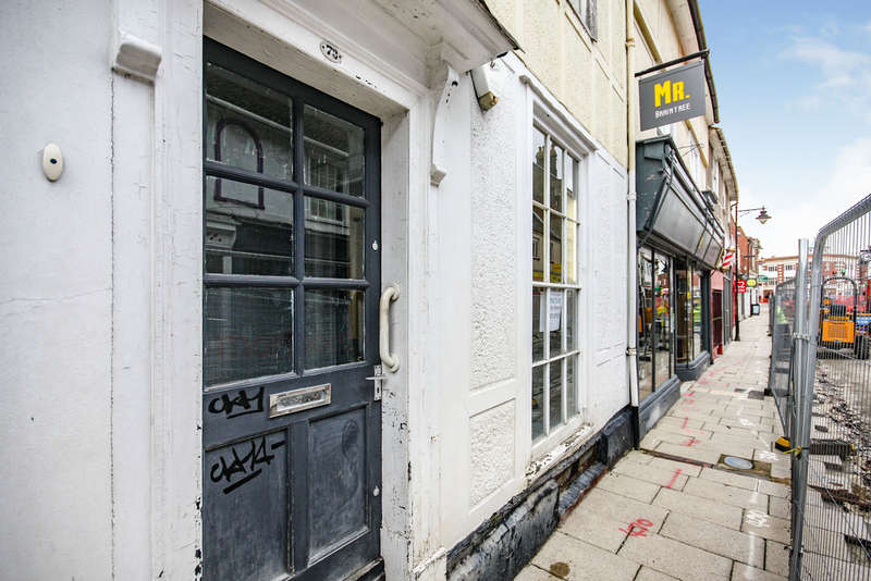 Land Commercial for rent in High Street, Braintree