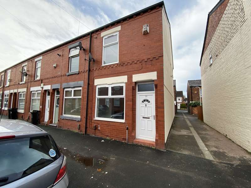 2 Bedrooms End Of Terrace House for rent in Bolton Street, Stockport, SK5