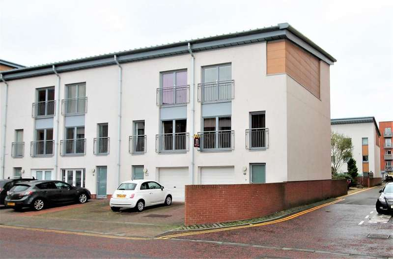 4 Bedrooms Town House for sale in Thorter Way, Dundee, DD1 3DF