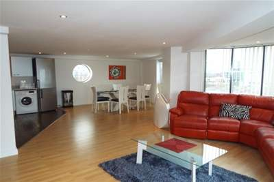 2 Bedrooms Flat for rent in City Wharf, Atlantic Wharf