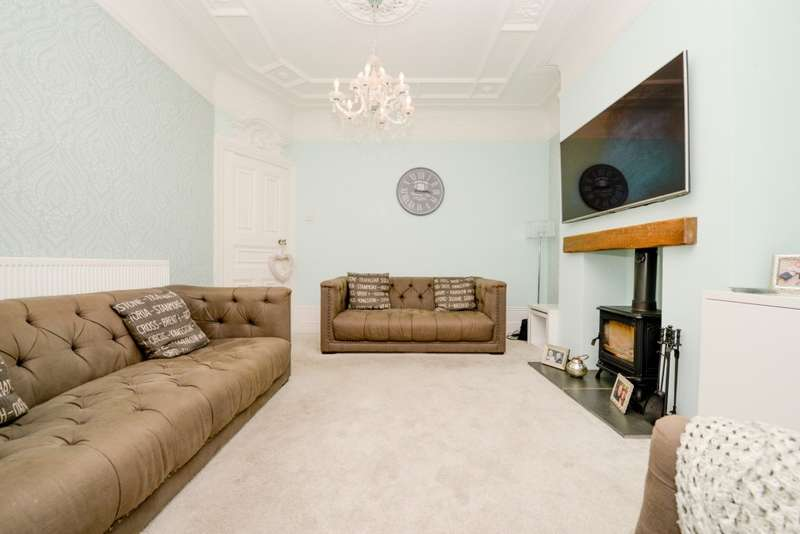 3 Bedrooms Terraced House for sale in St. Chads Avenue, Portsmouth, PO2