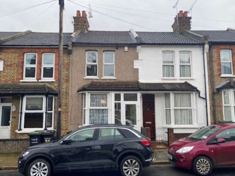 2 Bedrooms Terraced House for rent in Alfred Road, Gravesend