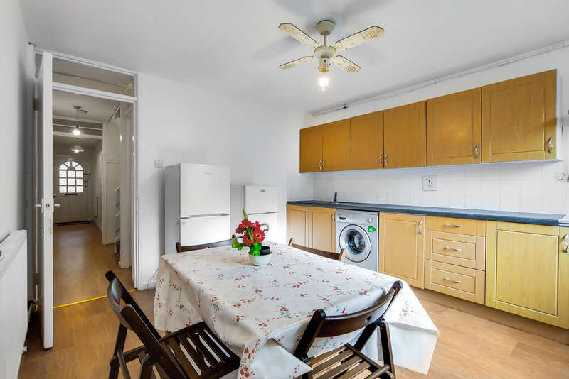 4 Bedrooms Terraced House for rent in Dunelm Grove, West Norwood