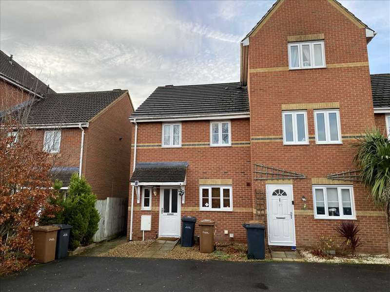 3 Bedrooms End Of Terrace House for rent in Beckett Road, Andover