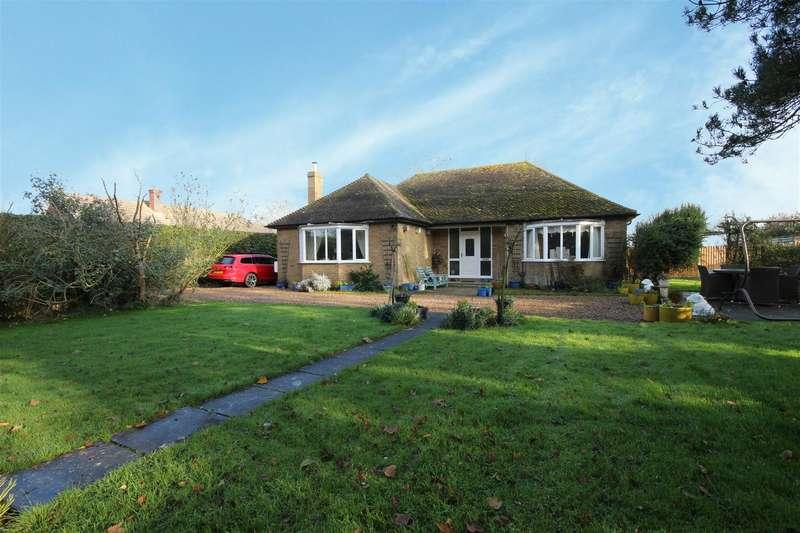 2 Bedrooms Detached Bungalow for sale in Sutton Road, Hannah
