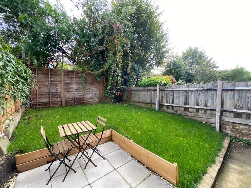 1 Bedroom Apartment Flat for rent in Towton Road, London