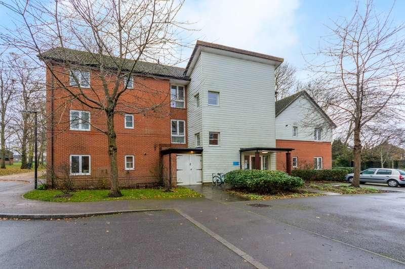 2 Bedrooms Flat for rent in Queen Elizabeth Park, Guildford, GU2