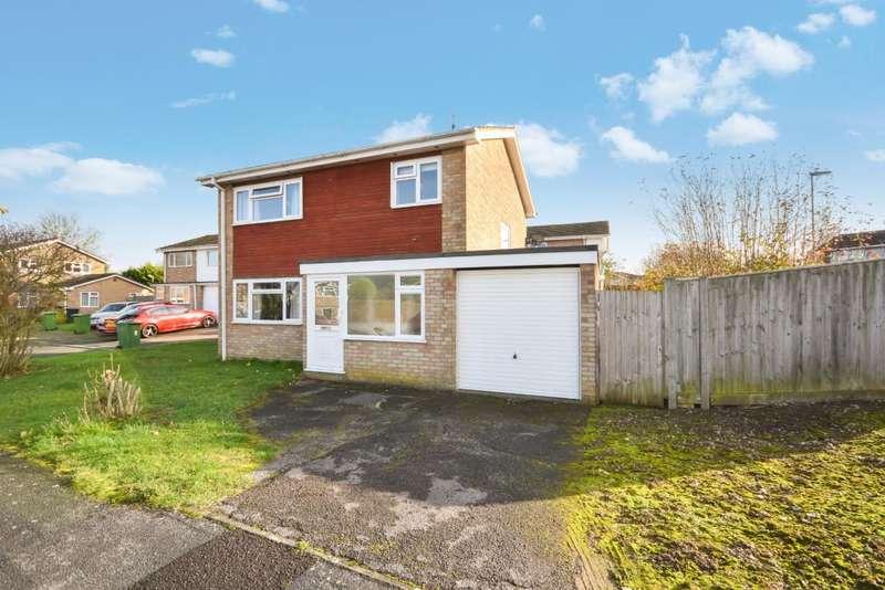3 Bedrooms Detached House for sale in Kempshott, Basingstoke, RG22