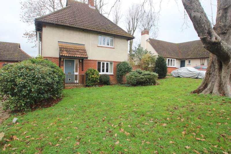 3 Bedrooms Detached House for sale in Barnfield, Feering