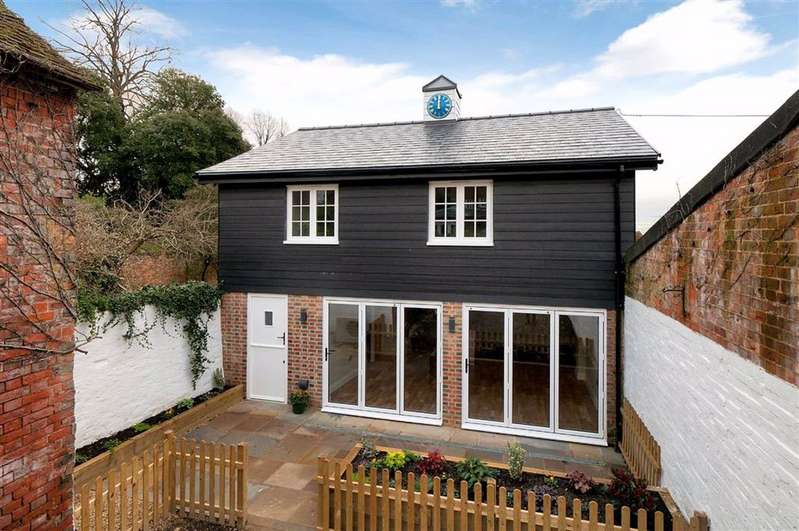 2 Bedrooms Detached House for sale in Wrotham, Kent