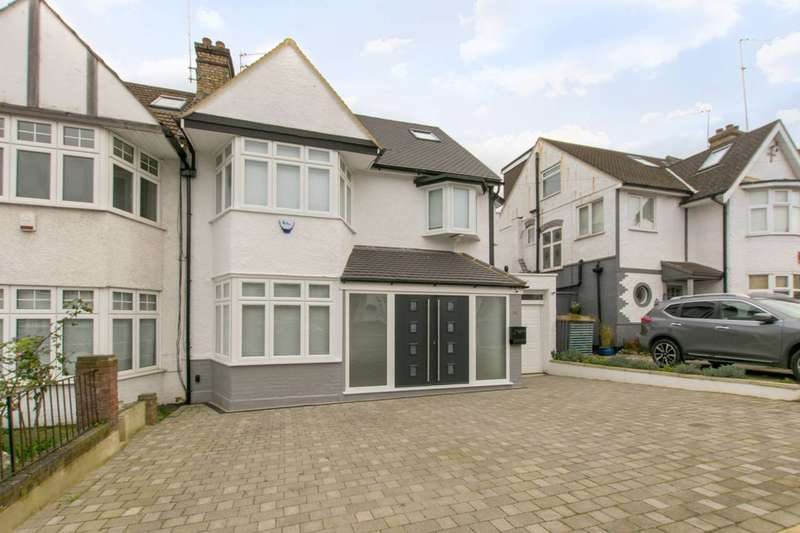 5 Bedrooms Semi Detached House for sale in Lewes Road, North Finchley, N12
