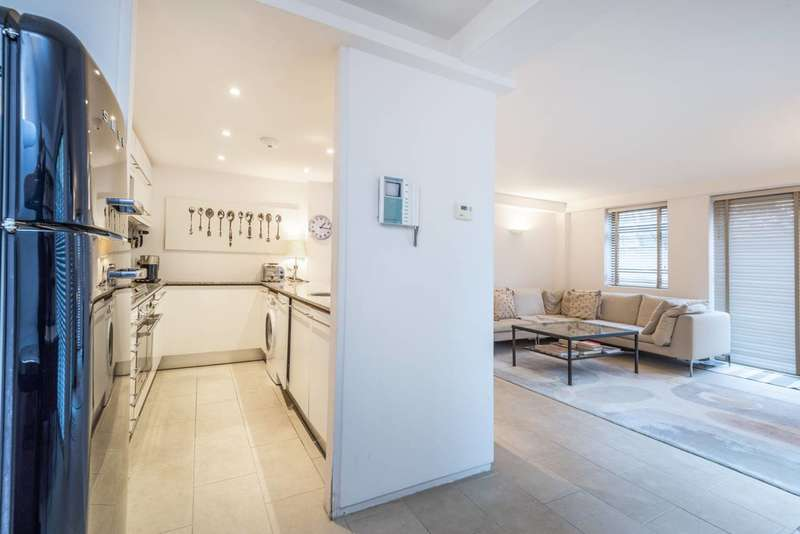 3 Bedrooms Flat for rent in York Way, Kentish Town, N7