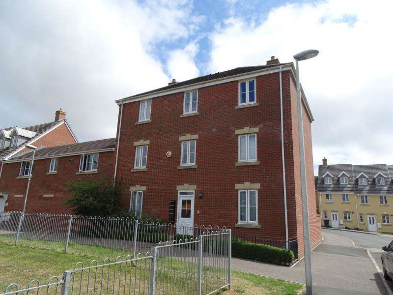 2 Bedrooms Flat for rent in Nadder Meadow, South Molton, EX36 4BR