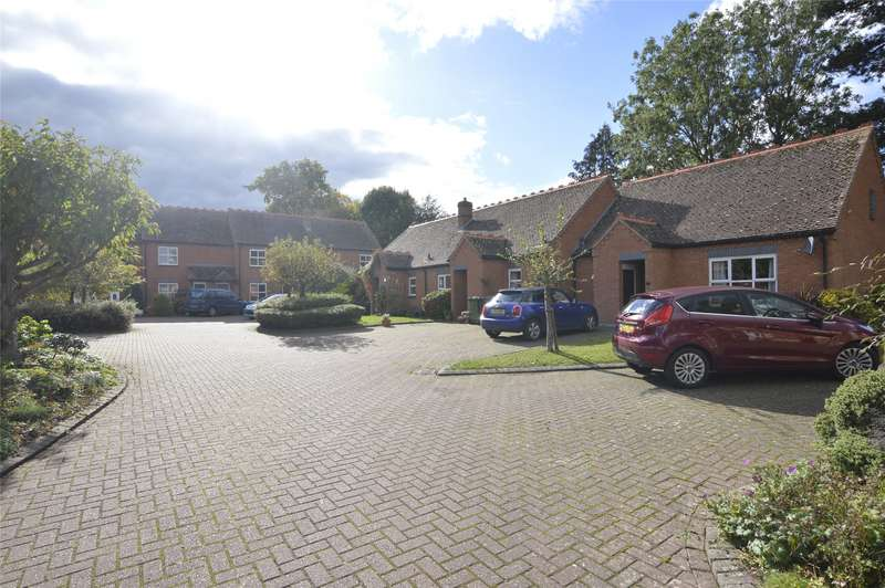 2 Bedrooms Bungalow for sale in Bredon Lodge, Bredon, Tewkesbury, GL20