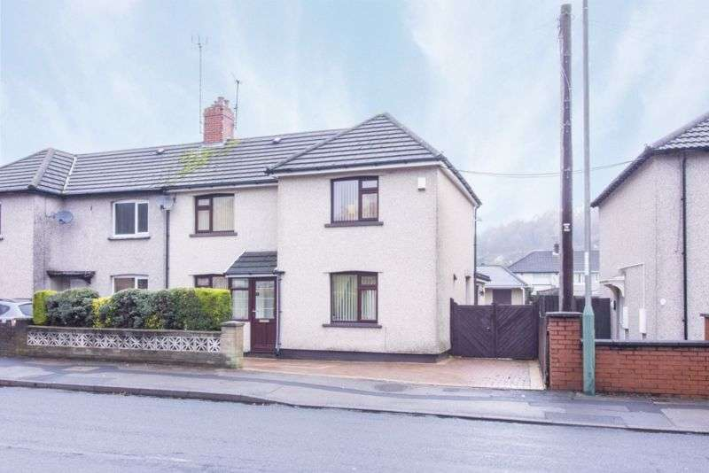 4 Bedrooms Property for sale in Newport Road Risca, Newport