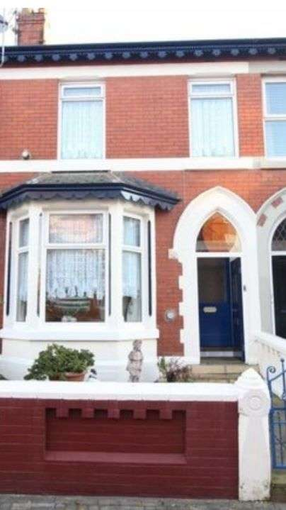 4 Bedrooms Terraced House for rent in Adelaide Street, Blackpool