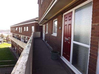 3 Bedrooms Maisonette Flat for sale in Teignmouth, Devon