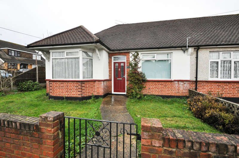 2 Bedrooms Semi Detached Bungalow for rent in The Avenue, Hadleigh