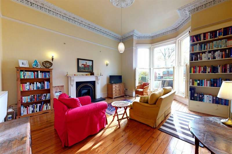 3 Bedrooms Flat for sale in Cheltenham, Gloucestershire