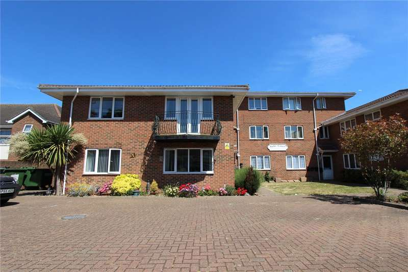 2 Bedrooms Flat for rent in Shirley Road, Leigh On Sea, Essex, SS9