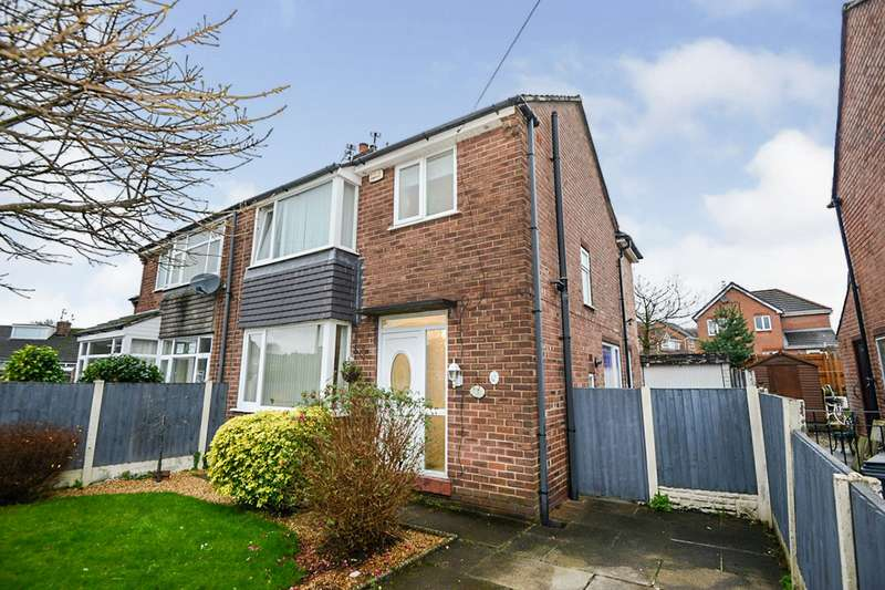 3 Bedrooms Semi Detached House for sale in Roughlee Avenue, Swinton, M27