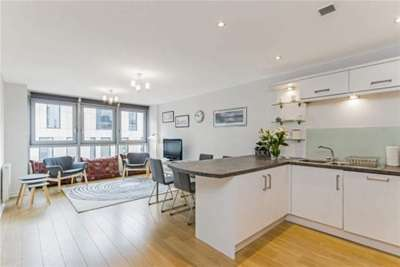 2 Bedrooms Flat for rent in 205 Albion Street, The headline building, MERCHANT CITY