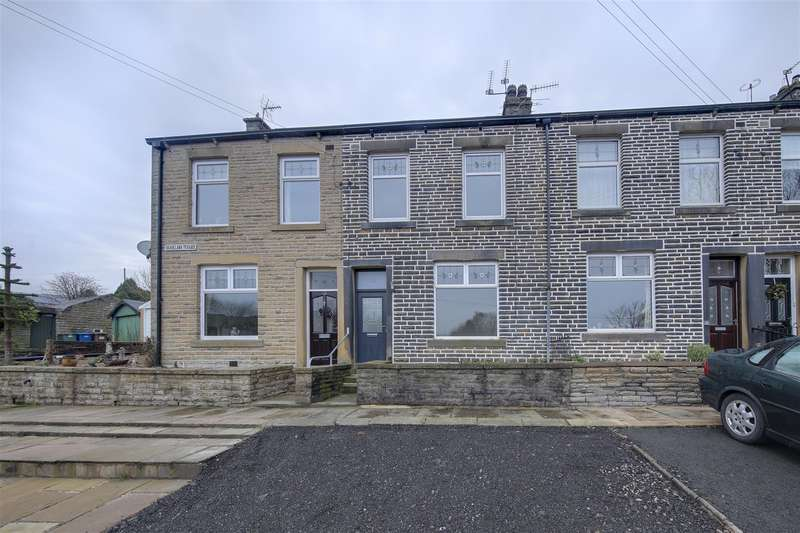 4 Bedrooms Terraced House for rent in Brookland Terrace, Cowpe, Rossendale