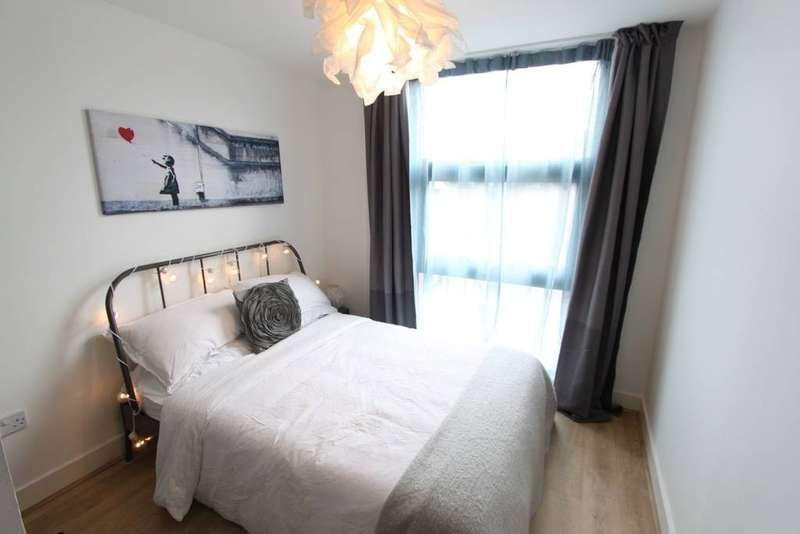 2 Bedrooms Apartment Flat for rent in Caledonian Road, Bristol, BS1