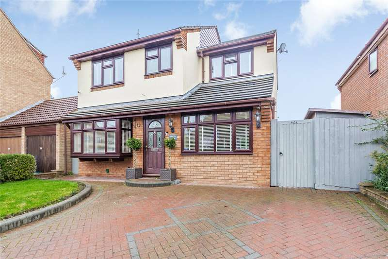 4 Bedrooms Detached House for sale in Lily Close, Springfield, CM1