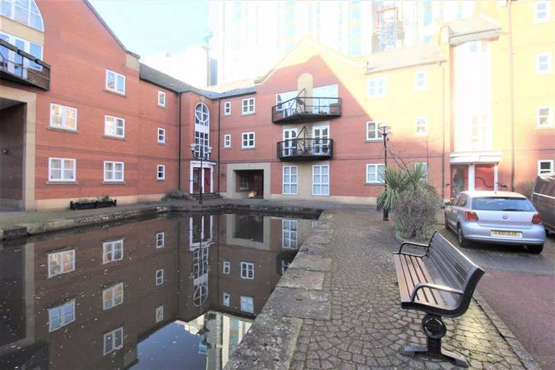 3 Bedrooms Flat for rent in James Brindley Basin, Millbank Street, Manchester