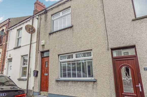 3 Bedrooms Terraced House for rent in Millbrook Road, Lisburn, BT27