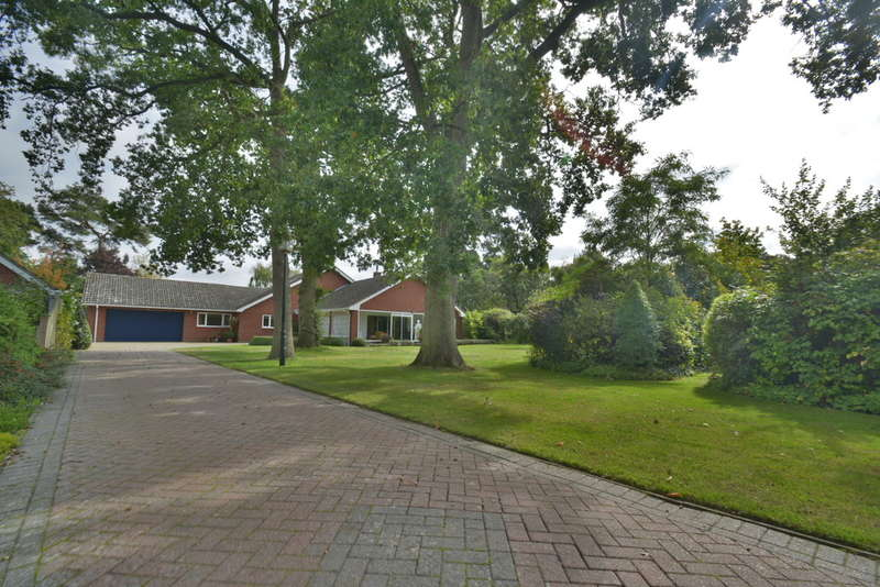 4 Bedrooms Detached House for sale in Candlers Lane, Harleston