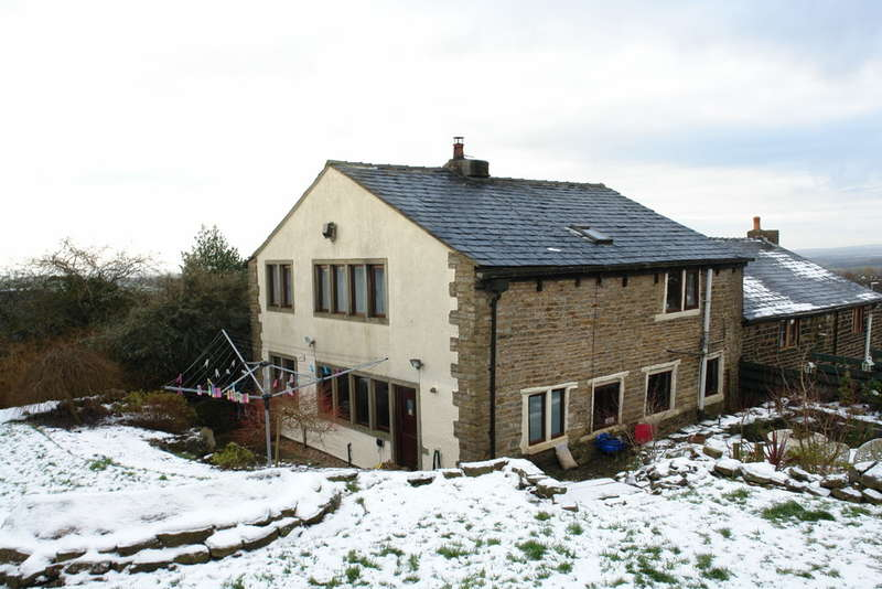 3 Bedrooms Cottage House for sale in White Hall Lane, Moorside