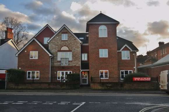 1 Bedroom Property for rent in SPRING HOUSE, SARUM HILL