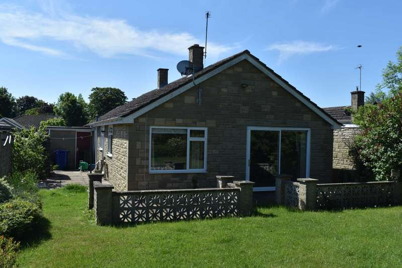 3 Bedrooms Detached Bungalow for rent in Orchard Rise, Bicester