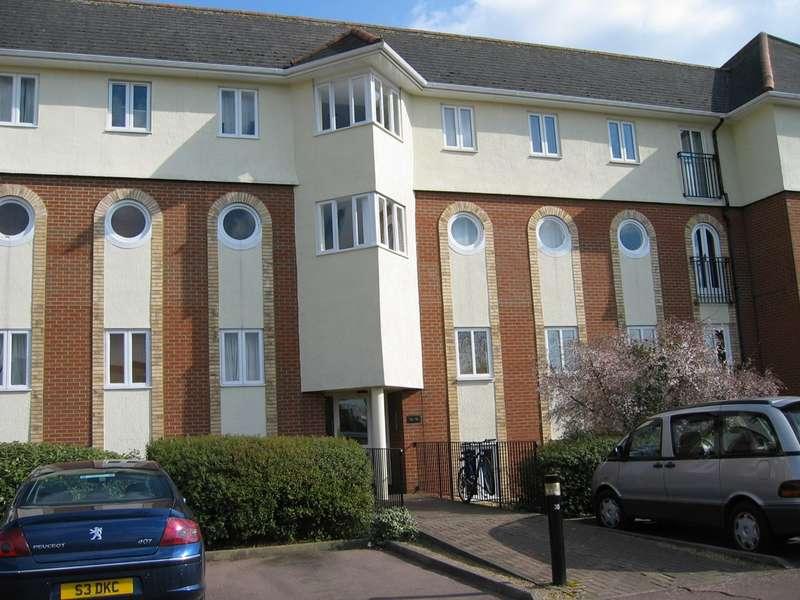 1 Bedroom Flat for rent in Walsingham Close, Hatfield, AL10