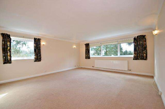 2 Bedrooms Apartment Flat for rent in South Hill, Murray Road, Northwood, HA6