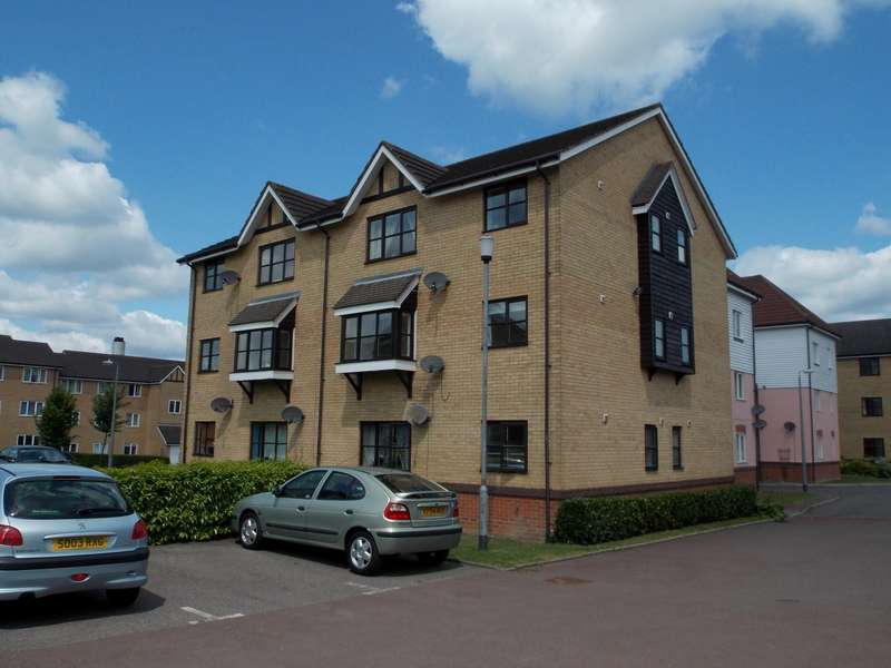 2 Bedrooms Flat for rent in Horn Book , Saffron Walden, Essex