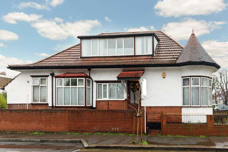6 Bedrooms Detached House for sale in Kings Ave , New Malden, KT3