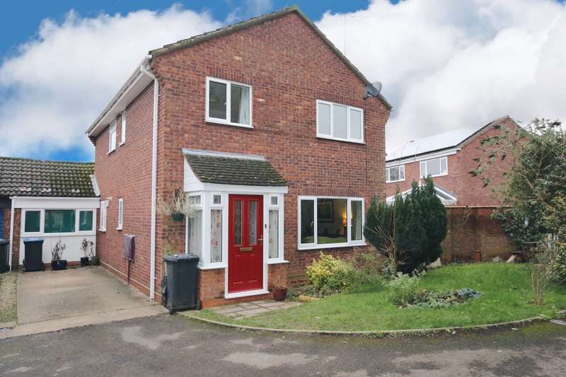 4 Bedrooms Detached House for sale in Seymour Road, Alcester, B49