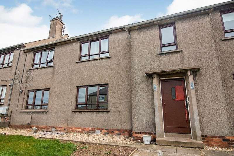 2 Bedrooms Flat for rent in Glenogil Drive, Arbroath, DD11