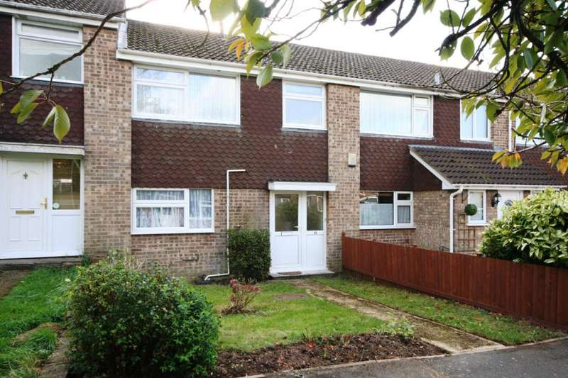 3 Bedrooms Terraced House for rent in Stapleford Close, Romsey, Hampshire, SO51